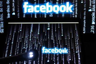 حساب کاربری فیسبوک در توئیتر هک شد