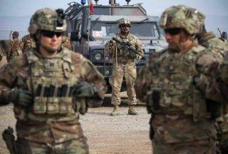 درگیری لفظی فرماندهان ارتش سوریه و آمریکا + فیلم