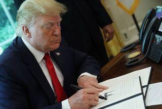 تحلیل اثرات تحریمهای آمریکا بر اقتصاد  ایران تا سال 1399