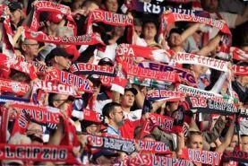 اخراج هواداران ژاپنی از استادیوم بخاطر ویروس کرونا