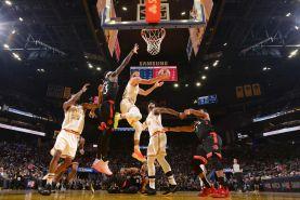 بسکتبال NBA ؛ شکست یاران هاردن در خانه و پیروزی قهرمان فصل گذشته