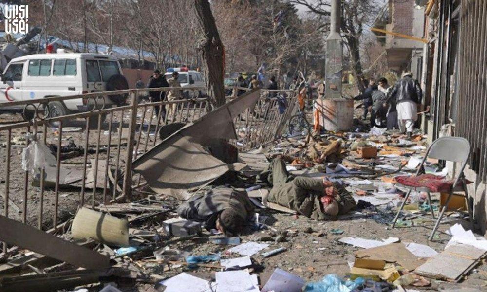 ۱۸ کشته و زخمی در حمله مسلحانه و انتحاری در کابل