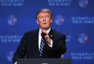 ترامپ: ایران یا متحدینش قصد حمله به مراکز آمریکا را  دارند
