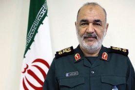 سردار سلامی در پیامی به امیر موسوی  روز ارتش را تبریک گفت