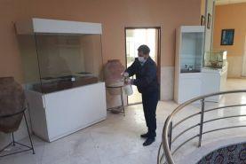در موزهها به روی بازدیدکنندگان باز میشود