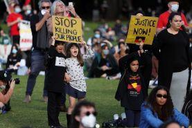 اعتراضات مردم استرالیا به نژادپرستی و بدرفتاری دولت با بومیان