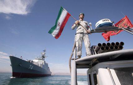 پیدا و پنهان رزمایش ارتش ایران (ذوالفقار 99)