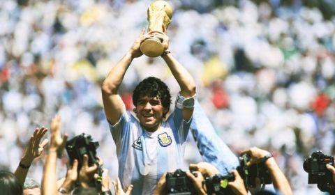 شوک ناگوار به دنیای فوتبال ؛ دیگو مارادونا درگذشت!