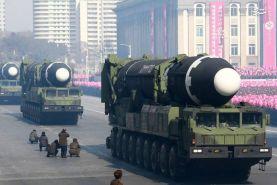 کره شمالی از موشک بالستیک جدید خود رونمایی کرد.