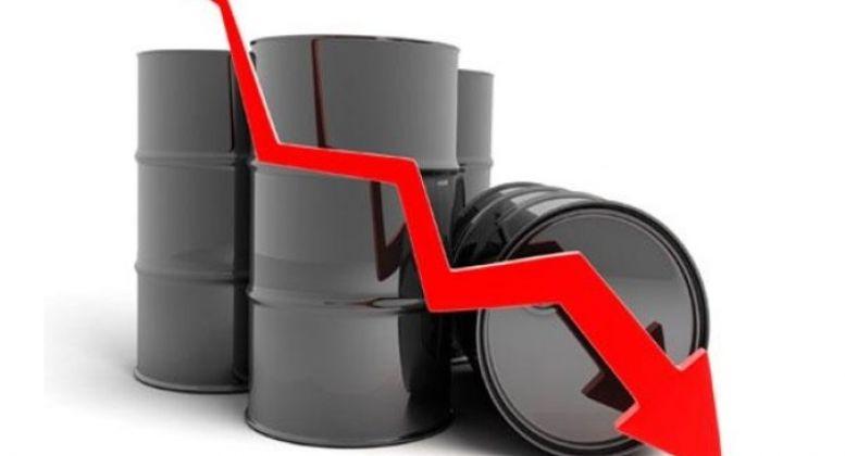 کرونا دوباره نفت را پایین آورد