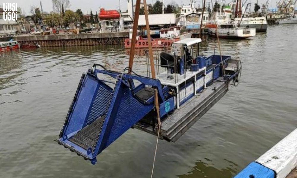رونمایی از نخستین شناور دروگرسنبل آبی توسط وزرات دفاع انجام شد