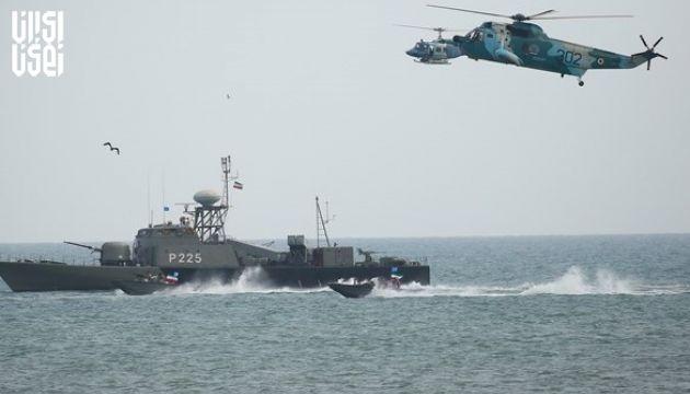 اختتامیه تمرین دریایی امنیت پایدار همراه با رژه یگان های سطحی و پروازی ندجا