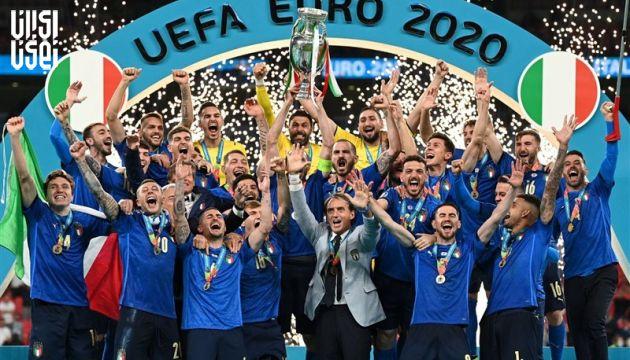 جام قهرمانی از انگلستان به ایتالیا رفت