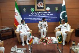 دیدار فرمانده نیروی دریایی ارتش با همتای پاکستانی