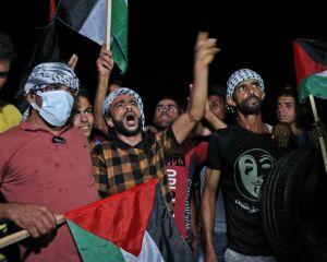 خروش شبانه فلسطینیان در مرز اسرائیل