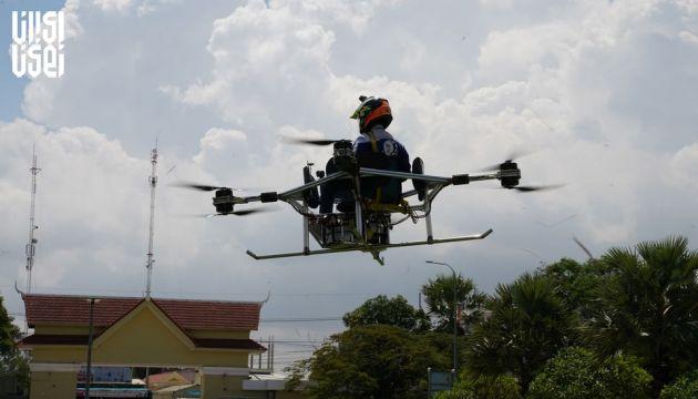 پهپاد سرنشین دار؛ اختراع جدید دانشجویان کامبوجی برای کمک به جوامع