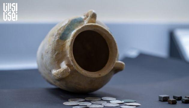 کشف سکه های نادر متعلق به سلسله عباسی