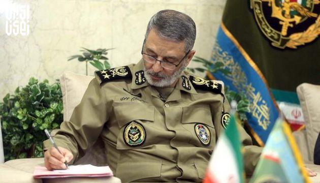پیام تبریک فرمانده ارتش به مناسبت هفته نیروی انتظامی