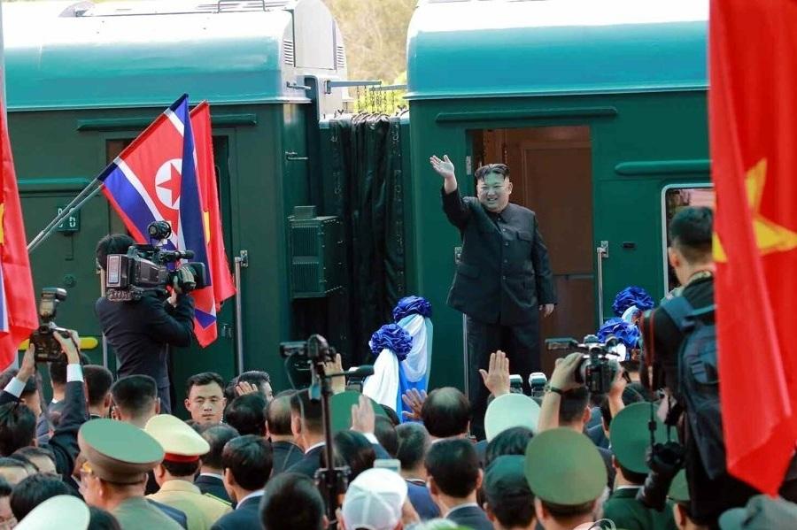 قطار لوکس کیم جونگ اون